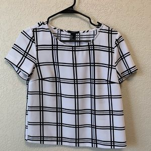 Forever 21 black and white size small top